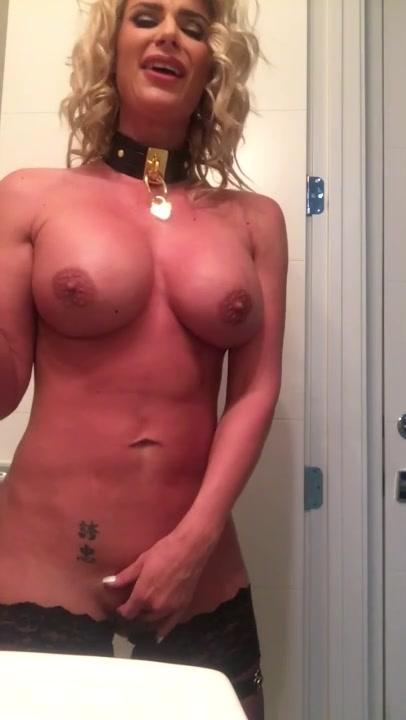 Phoenix Marie Anal Solo